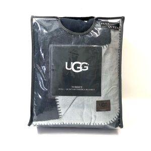 (FIRM) UGG Torrey Reversible Blanket (Full/Queen)